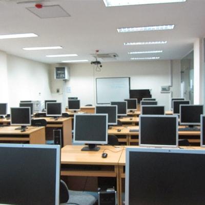 Phòng lab ngoại ngữ